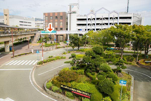 川西池田駅前ロータリー